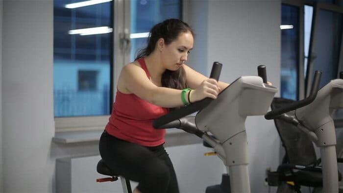lịch tập gym cho những người béo phì
