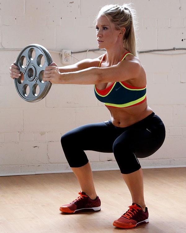 Bài tập Squat giảm mỡ bụng nhanh