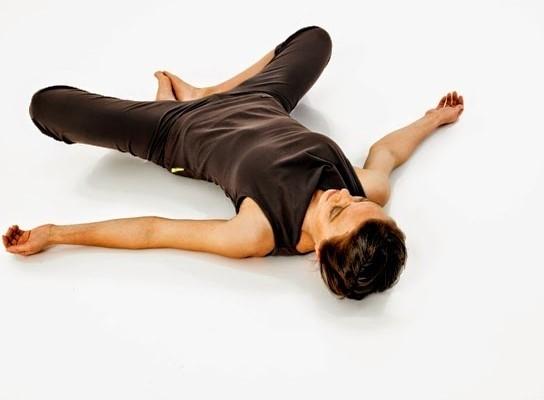 các bài tập yoga trước khi đi ngủ